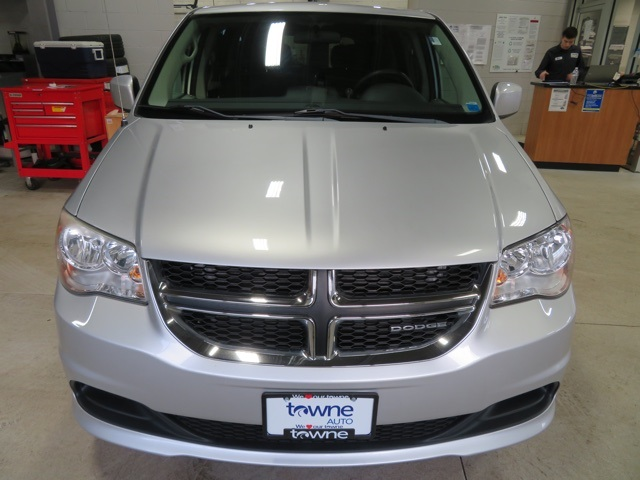 Pre-Owned 2011 Dodge Grand Caravan Mainstreet