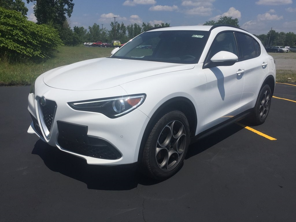 New 2019 Alfa Romeo Stelvio Base AWD