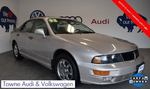 Pre-Owned 1998 Mitsubishi Diamante LS